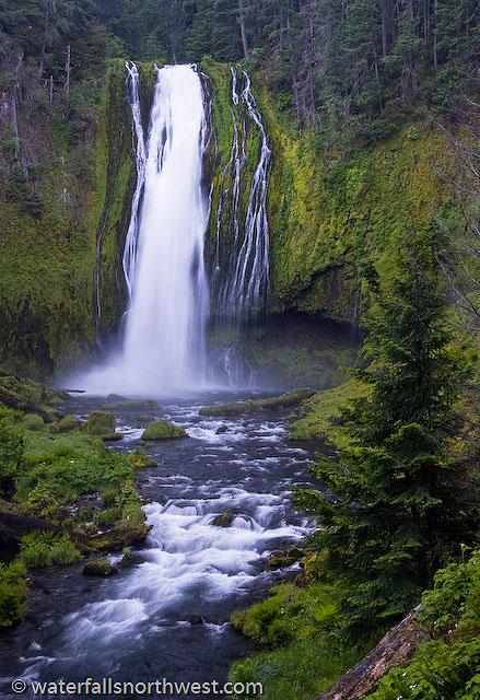 Lemolo Falls On North Umpqua River Southern Oregon - Waterfalls in oregon map